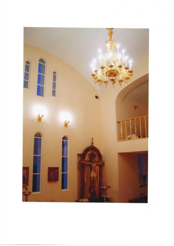 Интерьер новопостроенного храма